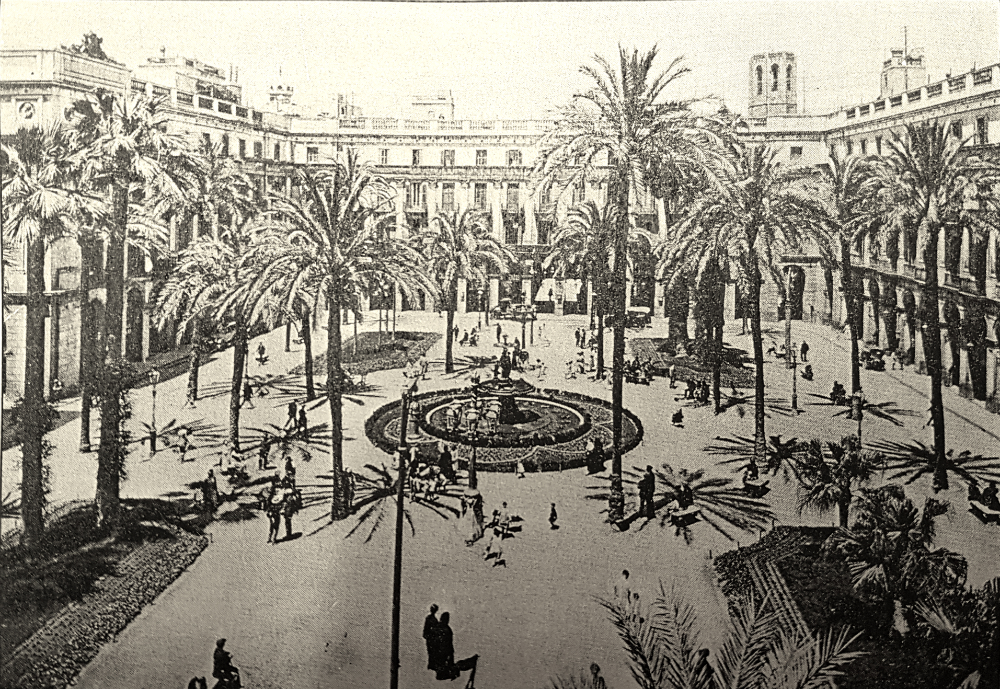 Plaça Reial in 1879 with Gaudi lampposts, the current fountain and the palm trees.